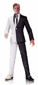 DC Comics Two Face Designer Series Action Figure de la marque DC Comics image 0 produit